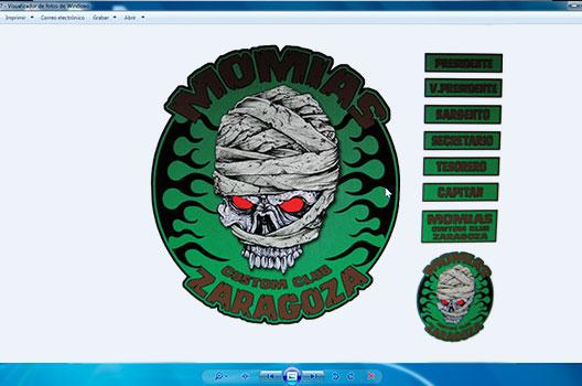 bordado agrupaciones Momias Custom Club foto correo